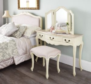Juliette Shabby Chic Champagne Dressing Table ONLY Juliette Shabby Chic Champagne Dressing Table ONLY. Stunning cream dressing table with limend finish top. Stool and Mirror NOT included. Juliette Shabby Chic Champagne Dressing Table ONLY 0 300x278