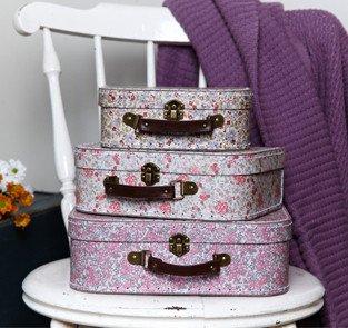 3 X Vintage Floral stunning storage suitcases 3 X Vintage Floral stunning storage suitcases 0