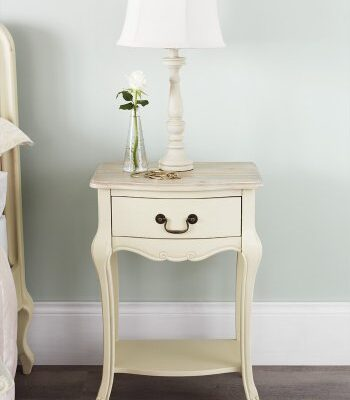 Juliette Shabby Chic Champagne 1 Drawer Bedside Table, Cream French bedside cabinet. ASSEMBLED Juliette Shabby Chic Champagne 1 Drawer Bedside Table, Cream French bedside cabinet. ASSEMBLED Juliette Shabby Chic Champagne 1 Drawer Bedside Table 0 350x400