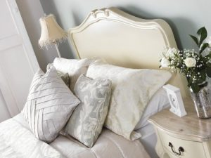 shabby chic champagne 5ft king bed with wooden headboard. stunning cream french bed with hancarved headboard. Shabby Chic Champagne 5ft King Bed with wooden headboard. Stunning cream French bed with hancarved headboard. Shabby Chic Champagne 5ft King Bed with wooden headboard Stunning cream French bed with hancarved headboard 0 300x225
