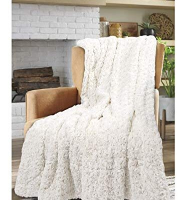 e4emporium soft & cosy rosette throw blanket - faux fur warm throw sherpa fleece backing blanket for bed, sofa and couch, 130 x 150 cm (cream) E4Emporium Soft & Cosy Rosette Throw Blanket – Faux Fur Warm Throw sherpa Fleece Backing Blanket for Bed, Sofa and Couch, 130 x 150 cm (Cream) E4Emporium Soft Cosy Rosette Throw Blanket Faux Fur Warm Throw sherpa Fleece Backing Blanket for Bed Sofa and Couch 130 x 150 cm Cream 0 373x400