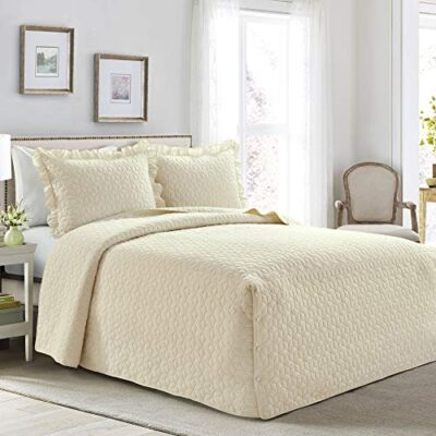 lush decor french country geo ruffle skirt 3 piece bedspread set, queen, ivory Lush Decor French Country Geo Ruffle Skirt 3 Piece Bedspread Set, Queen, Ivory Lush Decor French Country Geo Ruffle Skirt 3 Piece Bedspread Set Queen Ivory 0 400x400